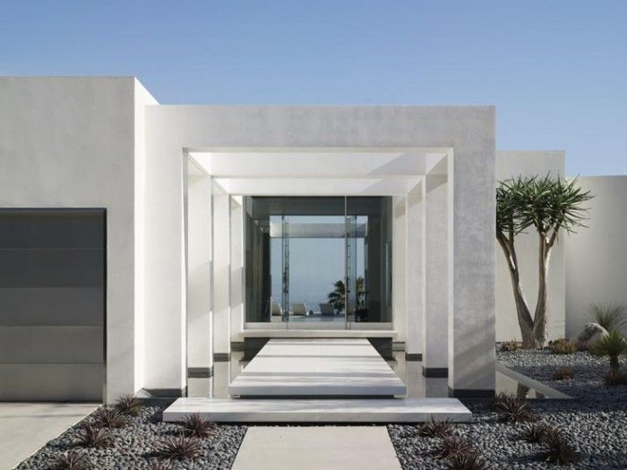 Geometry Prevails In The Minimalist Beverly Hills Home Of A Los Angeles  Businessman, Which Was Renovated By Magni Design. The Entry Colonnade  Frames The ...