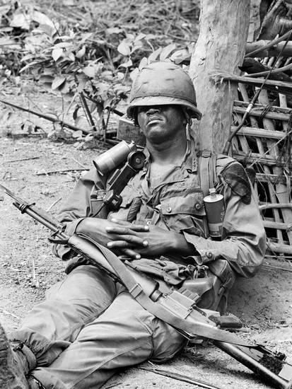 Vietnam War US at Ease Photographic Print by Henri Huet at Art.com
