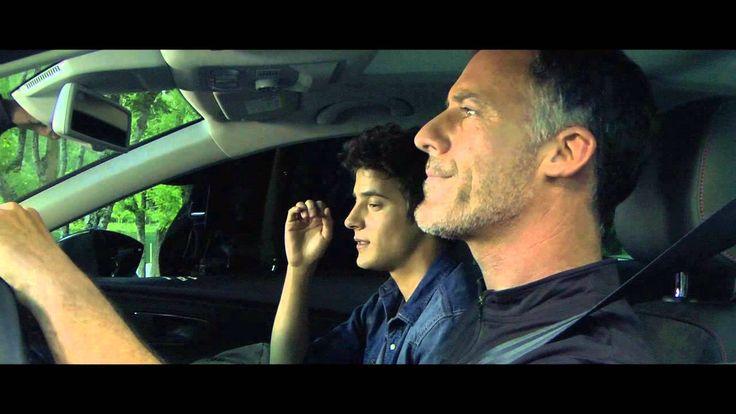 Ein #Auto, ein Rendezvous, ein wütender Vater und die süße #Rache. Seht, wie vielfältig der neue #SEAT Leon ST einsetzbar ist.