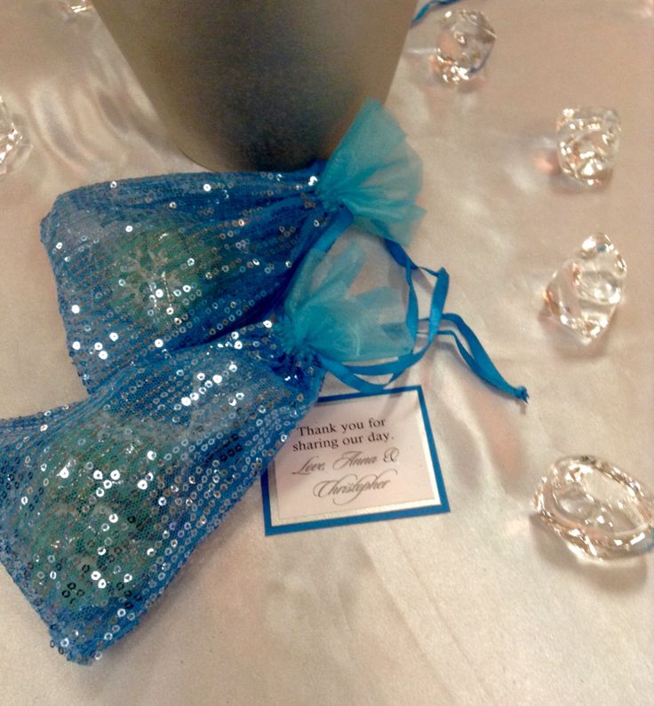 Frozen - winter wedding design palette - bridal show - wedding expo - waterloo, Ontario - sugar cookies - snowflakes - favours - homemade - guest favors - silver - blue - turquoise - wedding decorations - wedding decor - ontario wedding planner