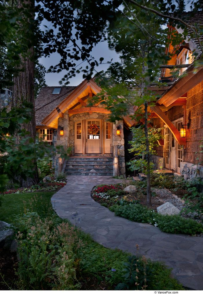 1000 images about cabins cottages homes on pinterest for Lake tahoe home builders