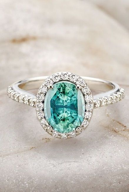 The only gem close to this is a spinel, which leads me to think that the photo was photoshopped, since the link leads to diamond rings.