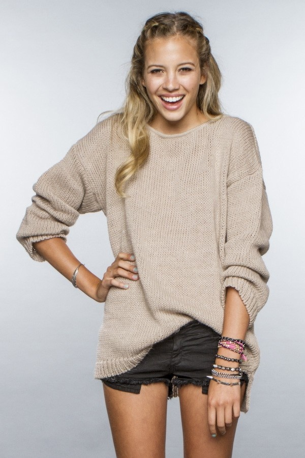 love this oversize sweater