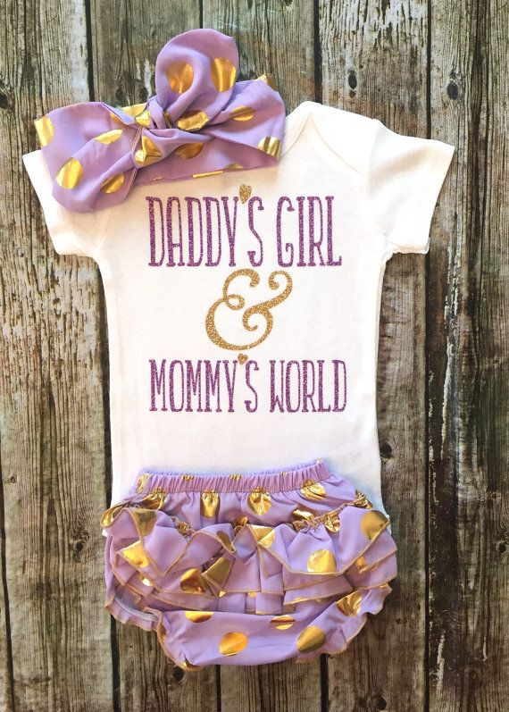 Daddys Girl & Mommys World Bodysuit, Baby Girl Daddys Girl Bodysuit, Mommys Girl Baby Girl Clothes, Bodysuit For Baby Girls  ******BODYSUIT ONLY HEADBAND & BLOOMER NOT INCLUDED IF YOU WANT A DIFFERENT COLOR FONT COMBINATION RIGHT THE COLORS IN THE MESSAGE TO SELLER AT CHECKOUT. COLORS IN THE LISTING COLOR CHART Our sparkle bodysuits are a huge hit! Great baby shower gifts & are great for photo shoots! Youre little girl will be the sparkling center of attention. Be sure to wash inside out…