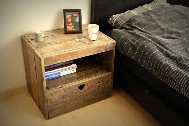 Picture of a Pallet Nightstand by Ruben van Dijk. Check out Instructables.com for a detailed instruction on how to make one yourself!