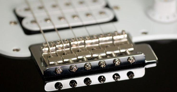 Como ajustar a ponte móvel de uma Stratocaster mexicana. A ponte flutuante da Fender é um dos modelos mais populares de tailpiece com vibrato. Ela é mais estável que uma Bigsby e menos complexa que uma Floyd Rose. Ela está presente na Stratocaster desde seu surgimento em 1954 e, como experiências anteriores tem provado, com a configuração e a manutenção correta, ela pode fazer bem seu trabalho por ...