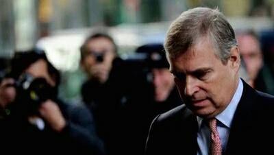 Caos en el Palacio de Buckingham por los supuestos abusos a una menor del príncipe Andrés | CORAZON VIP 2