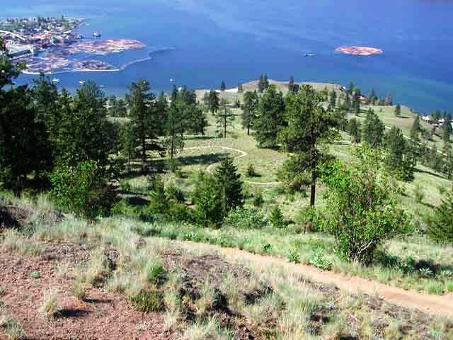 Hiking in Kelowna at Knox Mountain Park which is considered among the most important and well-known natural area parks in Kelowna.