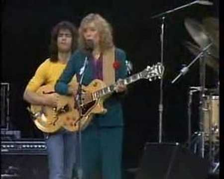 Joni Mitchell with Pat Metheny,Jaco Pastorius,Michael Brecker,Don Alias, and The Persuasions 1979