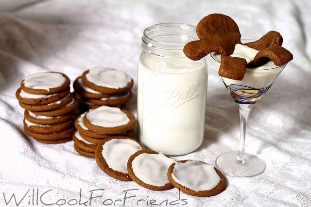 Drunken Gingerbread Cookies - clever!