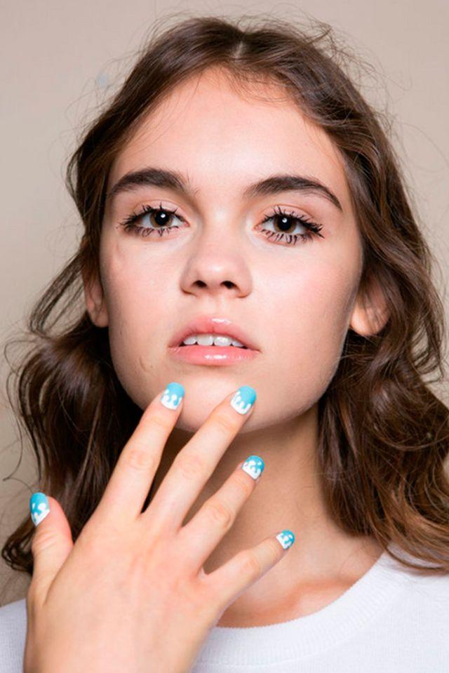 Au Jour le Jour. ESMALTES DE MODA PRIMAVERA-VERANO 2016   Confesiones de una Casual Girl   #beauty #fashion #nails #spring2016 #summer2016 #manicures #belleza #manicuras #moda