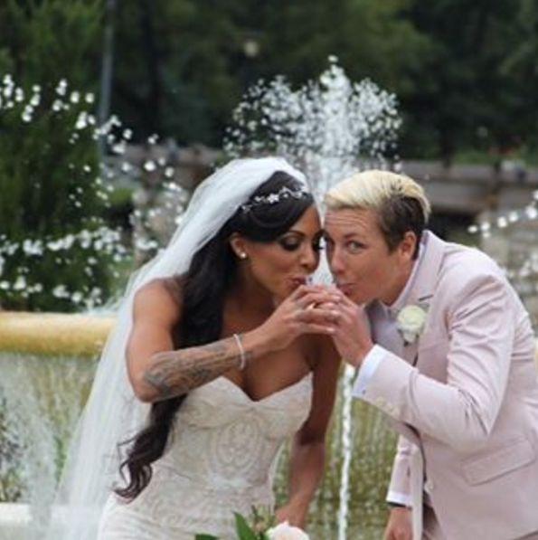 Best 25 Abby Wambach Wedding Ideas On Pinterest Sarah Huffman Abby Wambach And Wambach Soccer
