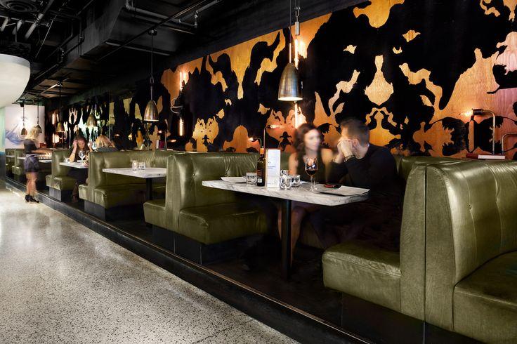 The Drake Hotel Lounge | Lisa Petrole (http://www.lisapetrole.com/)