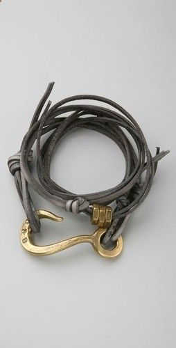 Catchpenny and Accesories - Catchpenny and Accesories - Giles Brother leather wrap braclet - 7 Tips to combine catchpenny and accesories - 7 Tips to combine catchpenny and accesories