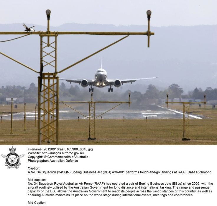 20120910raaf8165908_0040.JPG    A No. 34 Squadron (34SQN) Boeing Busness Jet (BBJ) A36-001 performs touch-and-go landings at RAAF Base Richmond.   © Commonwealth of Australia