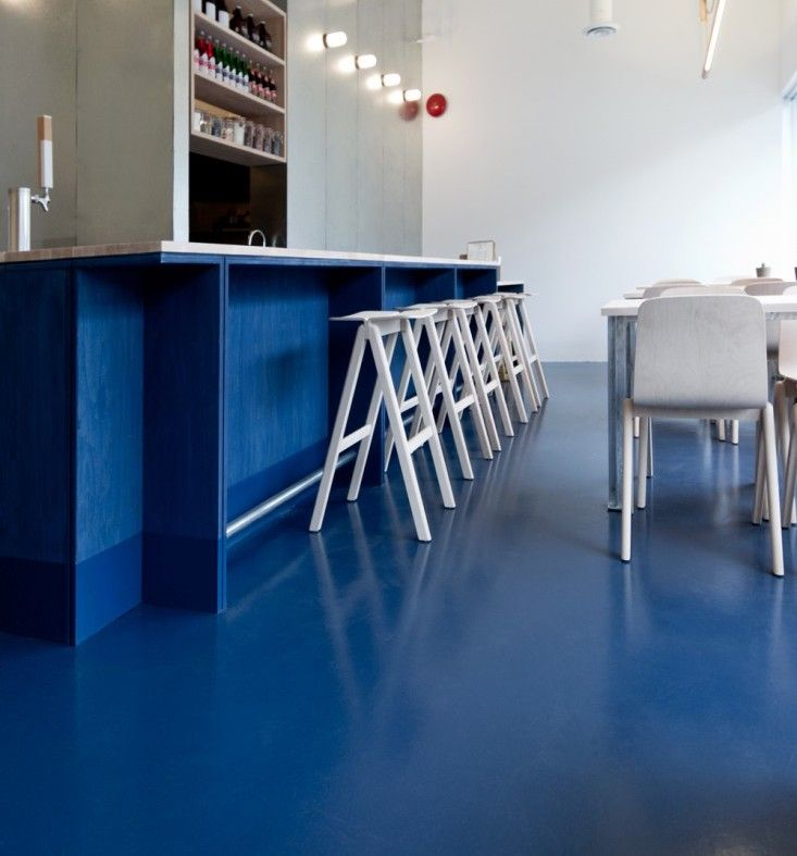 Remodeling How to Revive Stained Concrete Floors, Color Edition (Remodelista: Sourcebook for the Considered Home)