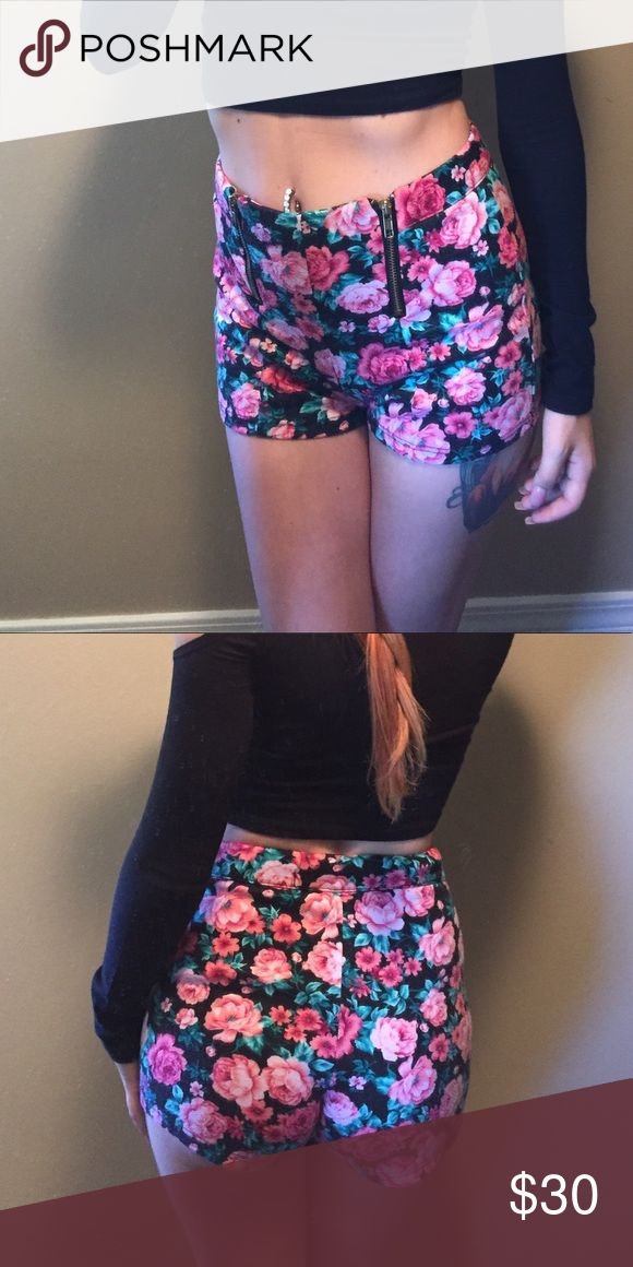 High waisted floral zip up shorts These are some of the comfiest and most flattering shorts ever. They just don't match my current wardrobe. They are in good condition with a little pilling. Charlotte Russe Shorts
