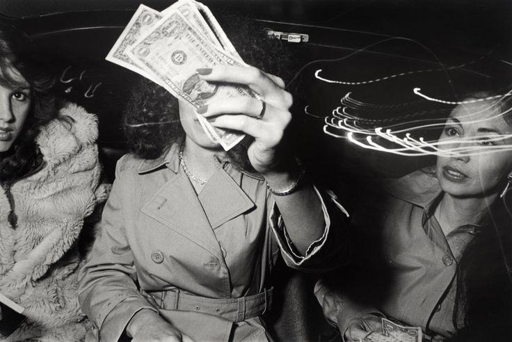 In My Taxi est une série composée de 40 photographies extraordinaires de Ryan Weideman, chauffeur de taxi et artiste à ses heures perdues. Ses images offrent une vue en plongée sur la diversité culturelle qui caractérise l'évolution de la ville de New York