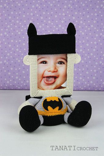Crochet Pattern of Photo Frame BATMAN Tutorial PDF file