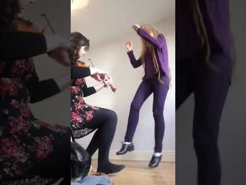 1016caac0 Sean Nós Dancing and Fiddle - Stephanie Keane & Cli Donnellan - YouTube