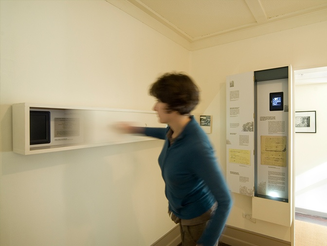 The Letter Q | display at McCahon French Bay House, Titirangi