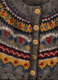Design 11 cardigan by Margrét Valdemarsdóttir. What beautiful color work!   And the pattern is a FREE Revelry download!!!  See two more color palettes here: ttp://www.ravelry.com/projects/hodgun/design-11