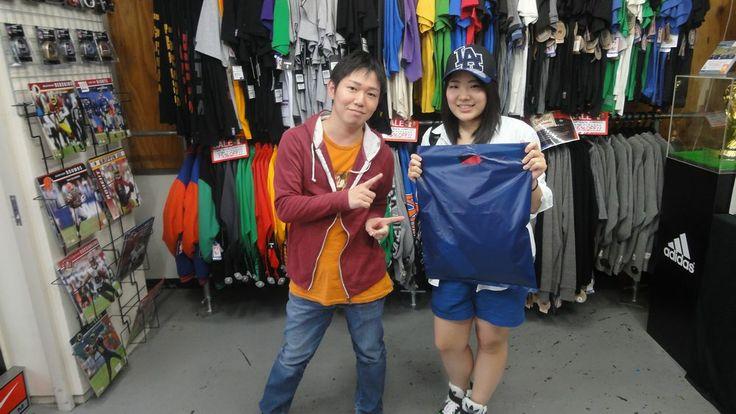 【新宿2号店】2014.05.26 お友達へのプレゼントをご購入頂きました(^^♪またのご来店お待ちしております☆