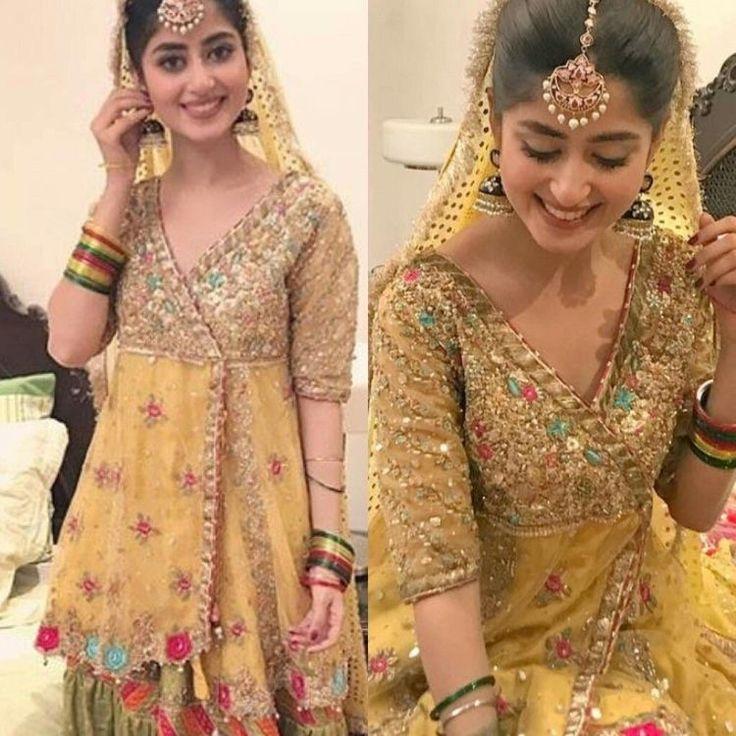 25 Pre Wedding Hairstyles For Mehndi Haldi Or More: Best 25+ Mehndi Dress Ideas On Pinterest
