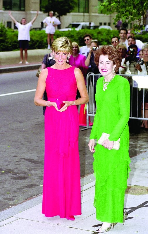 Diana and Elizabeth Dole, President of the Red Cross and wife of Senator Bob Dole.