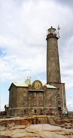Bengtskär #Lighthouse - Hanko, #Finland https://www.cruisenude.com/index.php