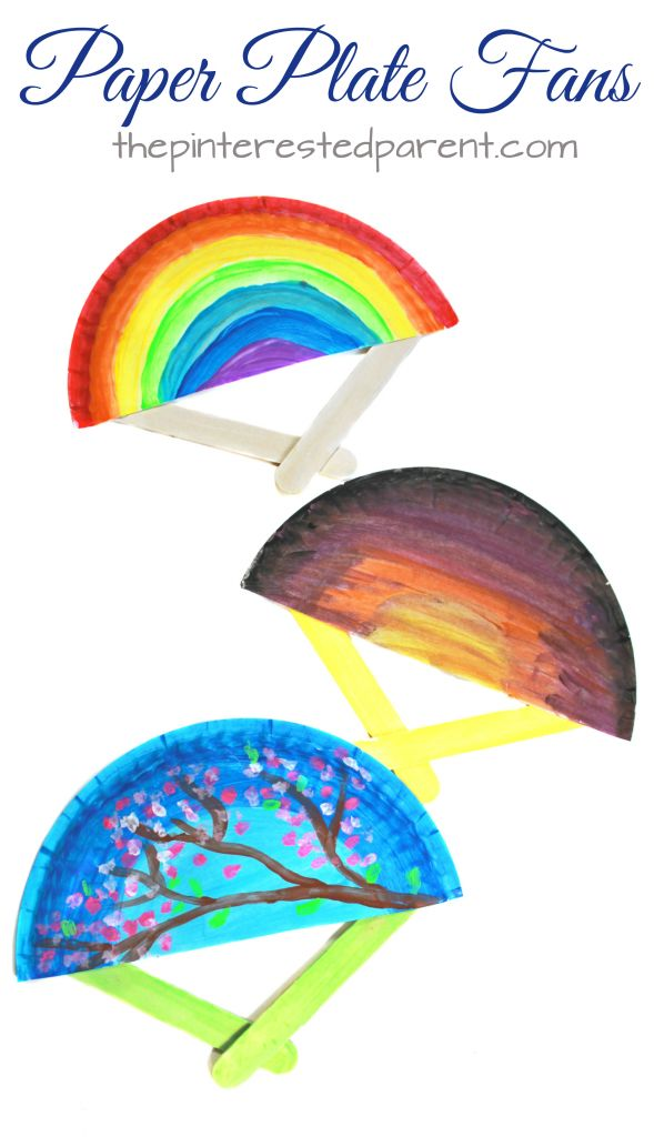 DIY Craft: Paper plate fans for the spring and summer. These hand fans are a simple arts and craft project that is perfect for toddlers, preschoolers and kids of all ages.