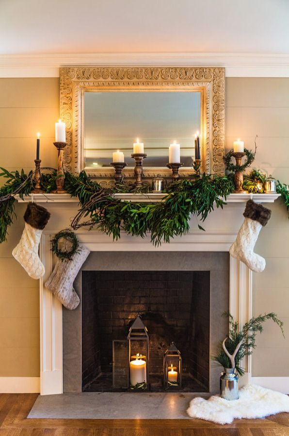 These Holiday Mantel Decor Ideas Are On Fire In 2020 Christmas Fireplace Decor Christmas Mantle Decor Christmas Fireplace Mantels