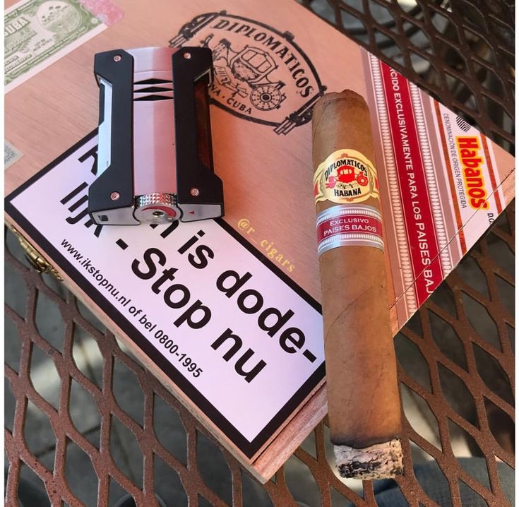 Find this pin and more on puro cigar by fevzidulger