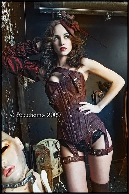 Leather Corset Lingerie - steampunk girl. Doesn't look comfy but looks pretty awesome