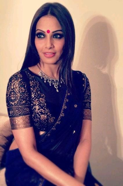 Bipasha Basu wearing High Neck Black Blouse