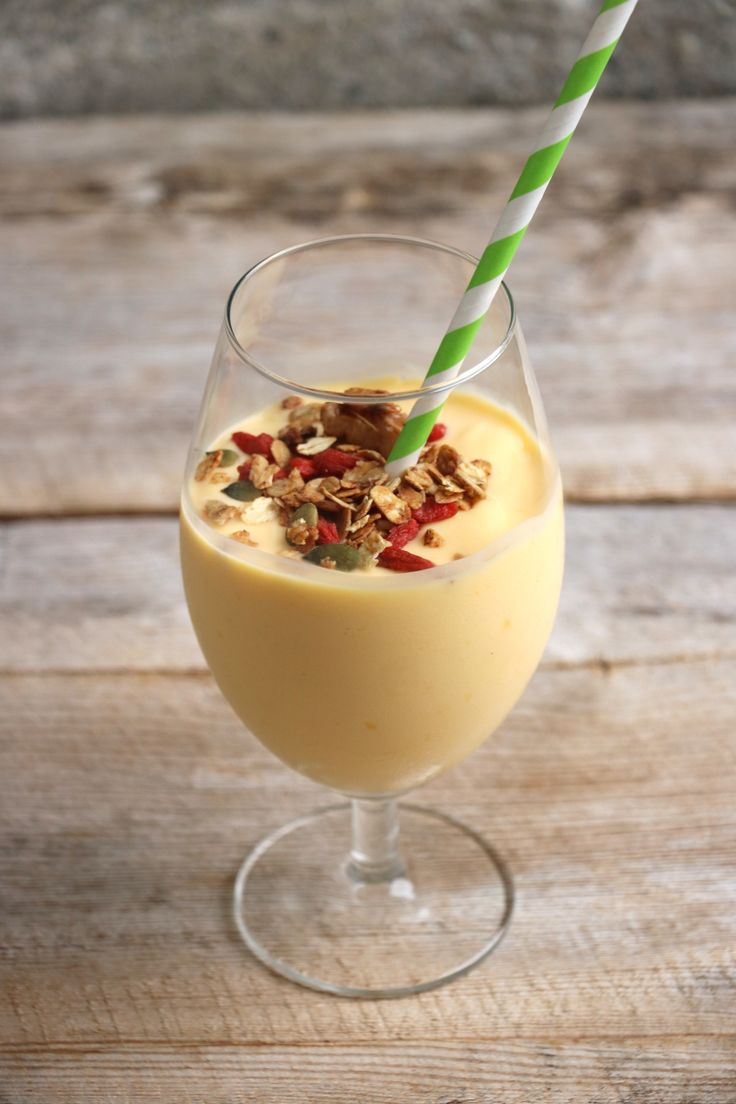 lindastuhaug | Mango smoothie - lindastuhaug