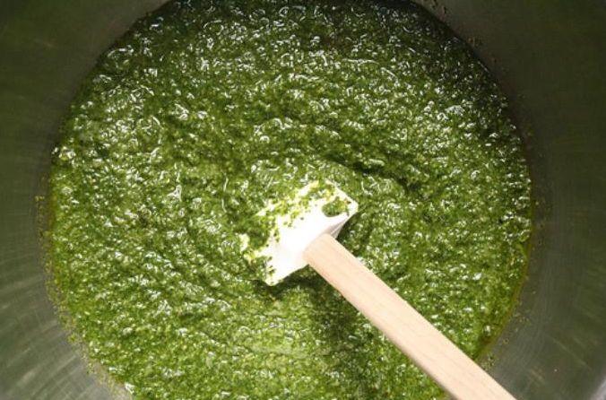 Pesto sauce - Σάλτσα πεστο | Smile Greek
