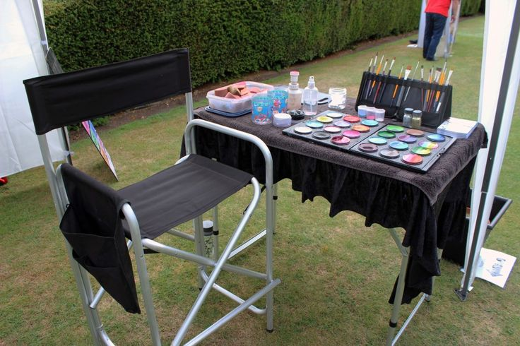 face painting set-up