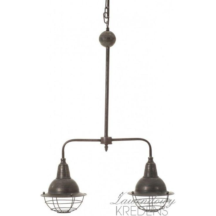 Podwójna lampa w stylu industrialnym. Więcej oryginalnych lamp na www.lawendowykredens.pl