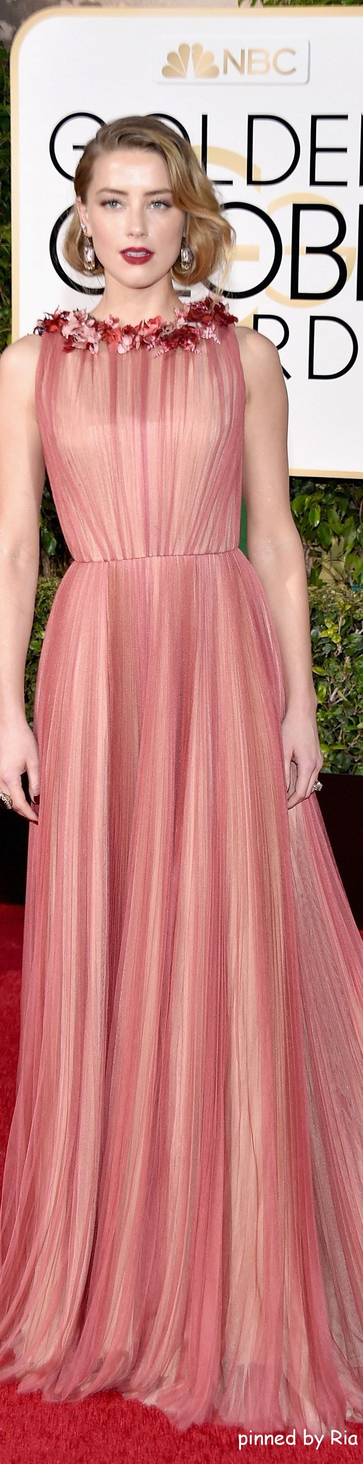Amber Heard l Golden Globe Awards 2016 l Ria