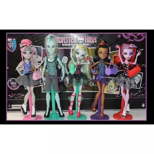 Monster High Dance Class Pack X 5 Burns - $ 3.699,99