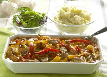 Koteletter i fad er en klassisk middagsret, som altid smager godt og som er nem at tilberede.
