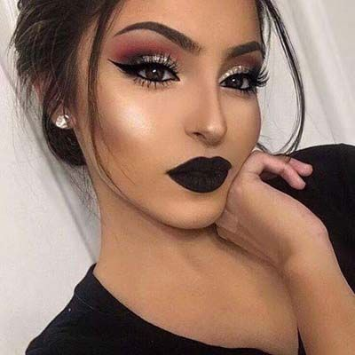 Today I will give you some beneficial Party Makeup Ideas 2017 for girls which you can try at home easily. Here are some pictures of famous Pakistani Makeup