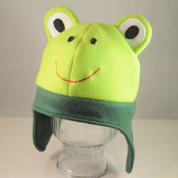 Grüne+Frosch+Fleece-Charakter-Mütze+von+TheCraftEGalShop+auf+Etsy