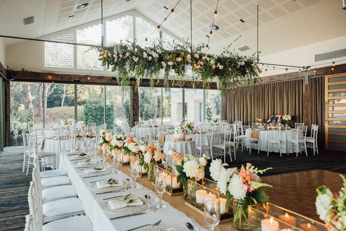 Contemporary Chic Wedding Styling At Deckhouse Woolwich Chic Wedding Style Modern Wedding Venue Wedding Styles