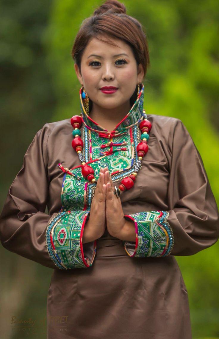 #tibetan#tibetanchupa#traditionaldress#chupa#freetibet#tibetbeauty