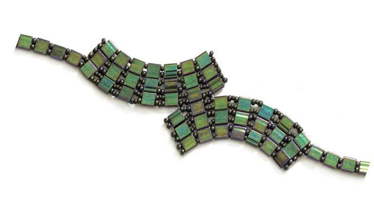 Tila tracks bracelet
