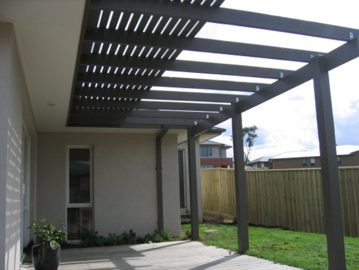 Pergola Incorporating Slats To Block Harsh Sun Outdoors