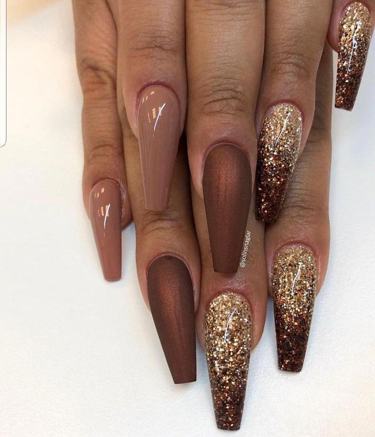 Brown Acrylic Coffin Nails With Gold Glitter Pinnerent Brown Nails Design Gold Nails Brown Acrylic Nails