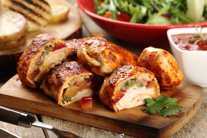 Przepis na Piersi z kurczaka z serem brie i brzoskwiniami